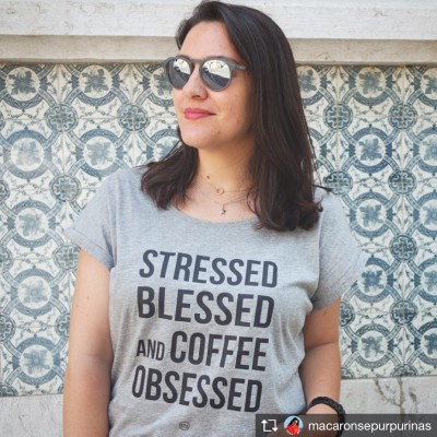 .coffee obsessed. W tshirt
